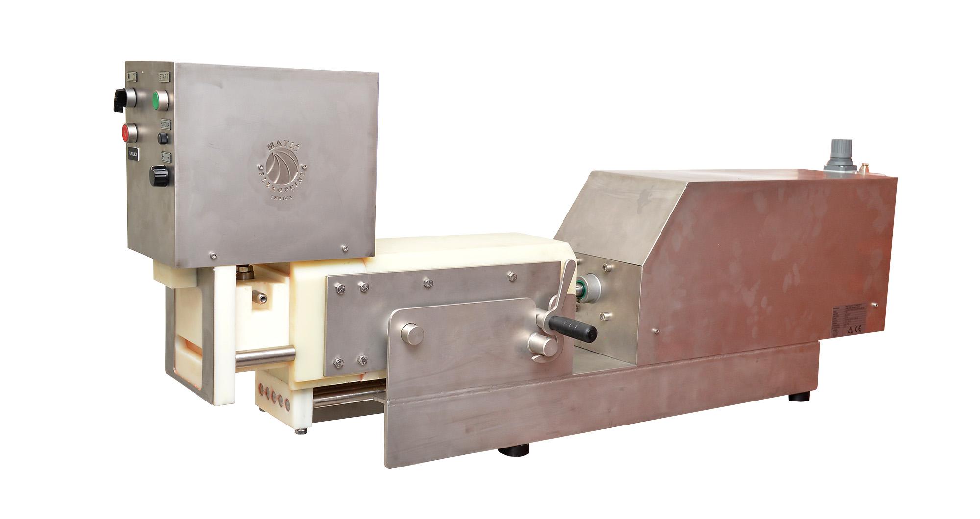 Automatska mašina za izradu ćevapa sa punilicom T-5