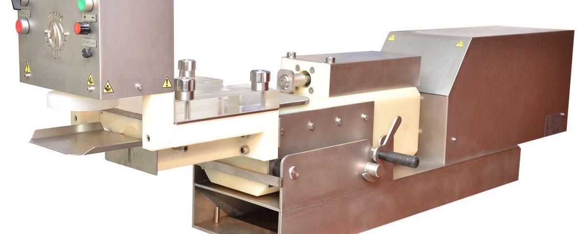 Mašina za izradu pljeskavica sa punilicom M-1P
